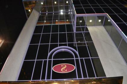 Strand Hotel Abu Dhabi