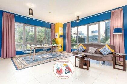 Quintessential Quarters - Bright and Cozy Apartment