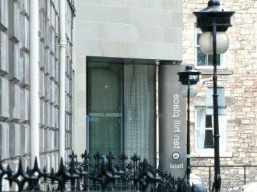 Embassy Suite 1 Br