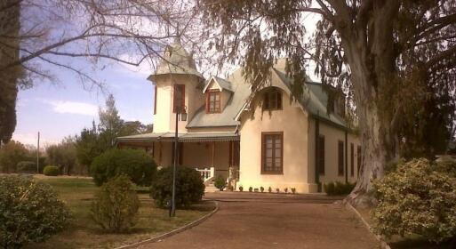 Villa Victoria Wine Lodge