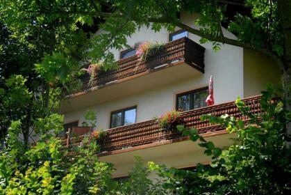 Fruhstuckspension Wiesenhaus