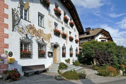 Strasserwirt - Herrenansitz zu Tirol