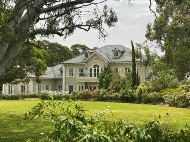 Yatahlia Manor Luxury Homestay