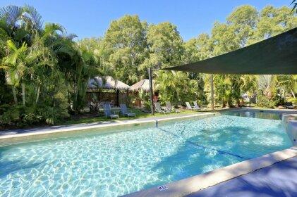 Sandcastles 1770 Motel & Resort