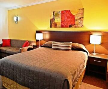 Littomore Hotels & Suites