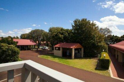 Busselton Villas and Caravan Park