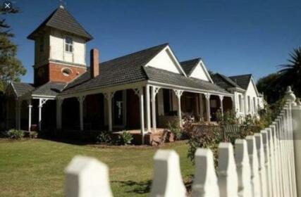 Ithaca 1896 Manor