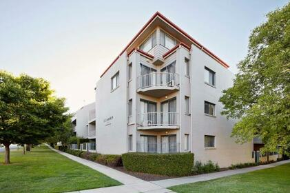 Pinnacle Apartments Canberra