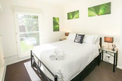 Indulge Luxury Homes - Riverside