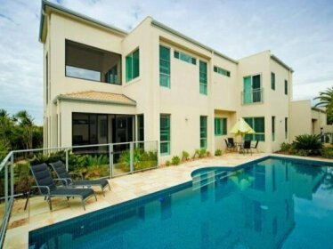 Holiday Home Riverview Luxury Retreat