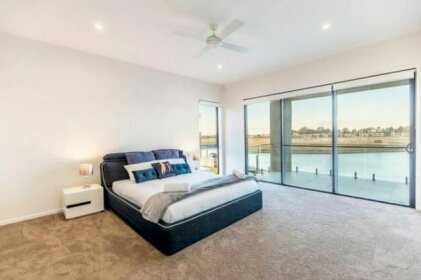 HomePlus - Luxury Living in Sanctuary Cove