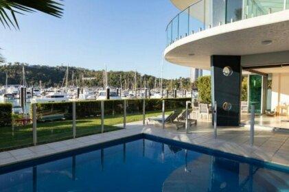 Pavilion 17 Oceanfront Ground Floor 4 Bedroom Heated Pool Plus Golf Buggy