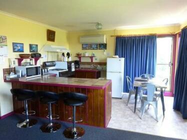 Cobden Crest Cottages