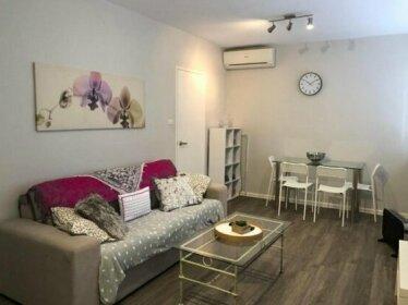 1 Bedroom Unit In Heart Of Elsternwick