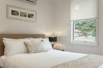Boutique Stays - Melrose Terrace Townhouse in North Melbourne