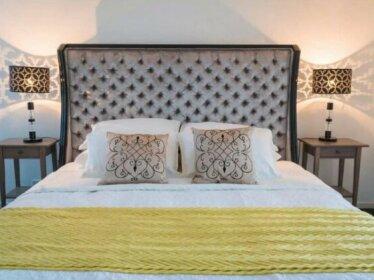 By Concierge - 'Daphne' DESIGNER Abode