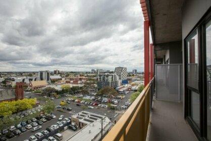 Elegant 2BR@Footscray Station