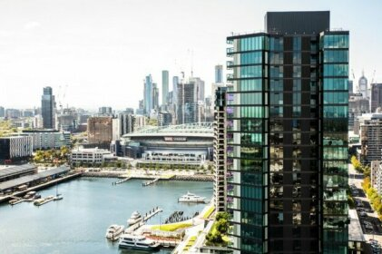 Melbourne Private Apartments - Collins Wharf Waterfront Docklands
