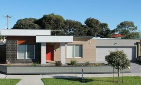 Villa Monarma - Melbourne Sleeps 9