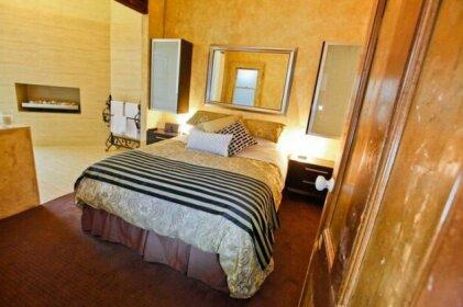 Indulge Apartments - Eighth