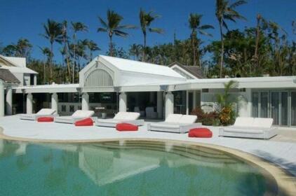 Elandra Resort