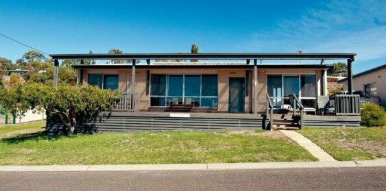 Blue Wren Beach House