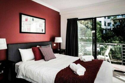 One Bedroom Apt Near Perth CBD with Parking