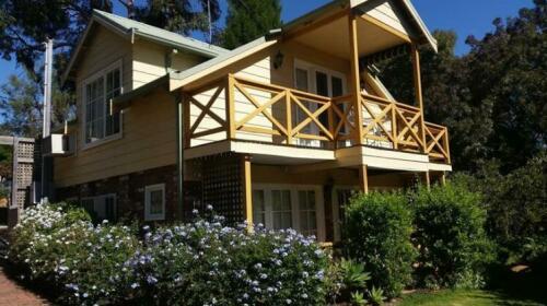 Possum Creek Lodge