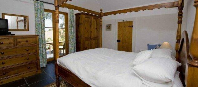Brooklands Heritage Bed and Breakfast