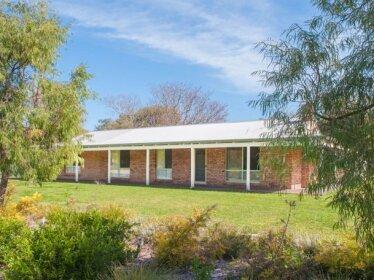 Dunsborough Holiday Homes - 340 Geographe Bay Road