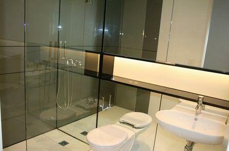 Above Sydney CBD Luxury Apartments- Photo3