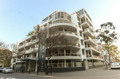 Beautiful home 2beds Apt @Waterloo-Close to CBD