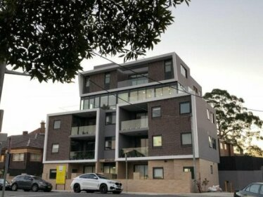 Benalong Apartment - at Gladesville
