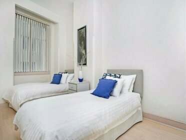 Bridge Street Apartment - CL405
