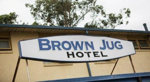 Brown Jug Inn Hotel