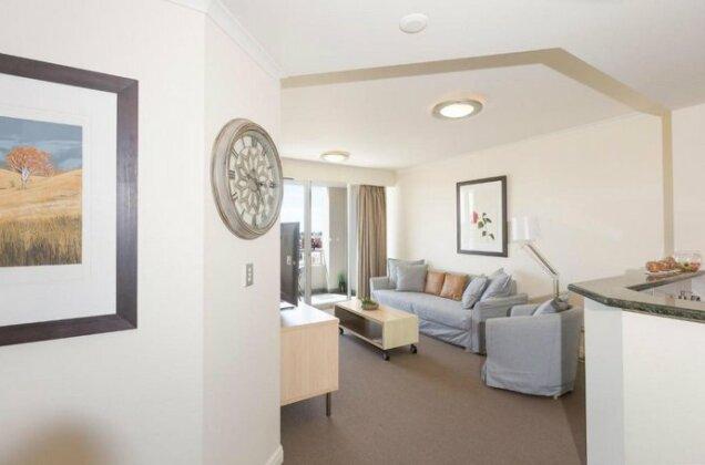 Darling Harbour Executive- Photo2