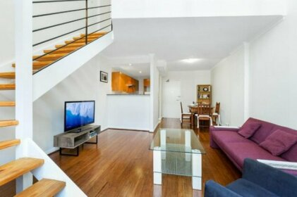 Darlinghurst Fully Self Contained Modern 1 Bed Apartment 607POP