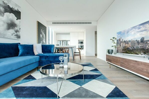 Designer apartment with stunning views- Photo4