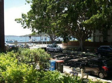 Homestay - Rose Bay Next to water