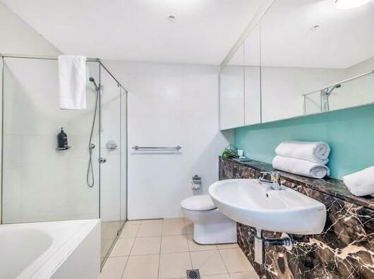 Huge Apartment Heart of Sydney CBD Darling Harbour- Photo5
