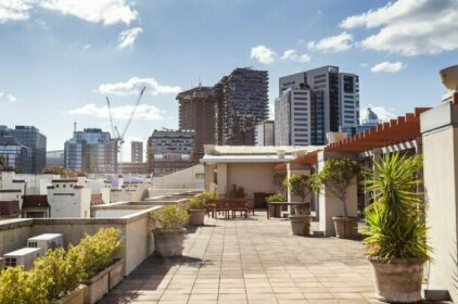 Inner City Chippendale Apartment