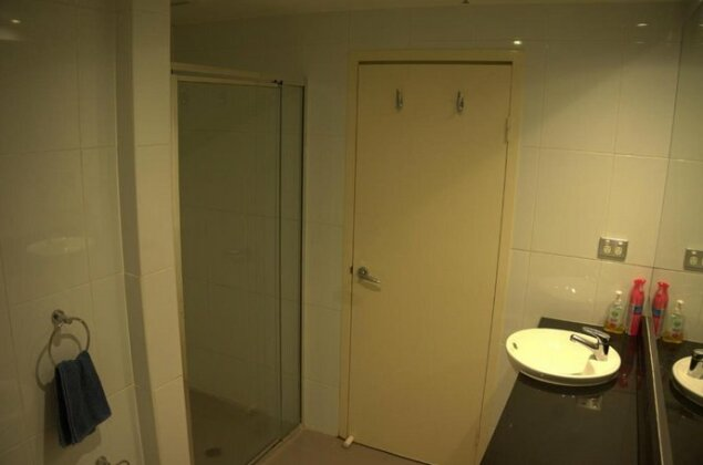Large 2 Bedroom Apartment in World Square Sydney CBD - Photo5