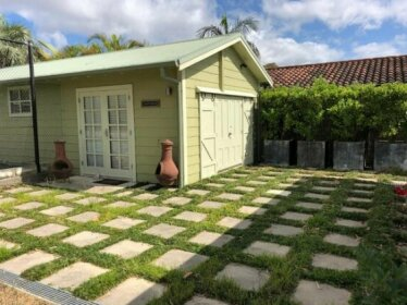 NEW Tranquil Retreat - The Barn House Ingleside Northern Beaches
