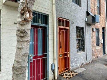 Pyrmont 2 Bdrm Terrace Home - Sydney Premium Location- Walk Everywhere - Sleeps 6