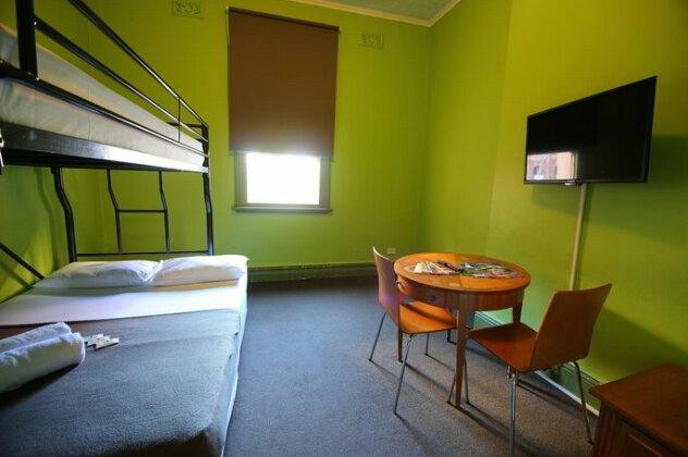 Sydney Central Inn- Photo5