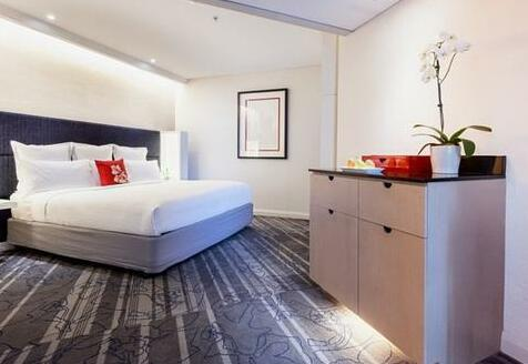 Sydney Harbour Marriott Hotel at Circular Quay - Photo 5