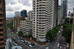 Sydney Studio with Balcony - HOV 51422