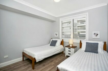 Two Bedroom Apartment Eddy Road CHATS