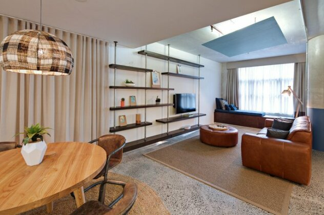 Zara Tower - Luxury Suites and Apartments- Photo4