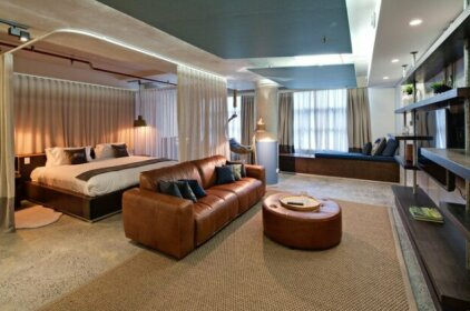 Zara Tower - Luxury Suites and Apartments
